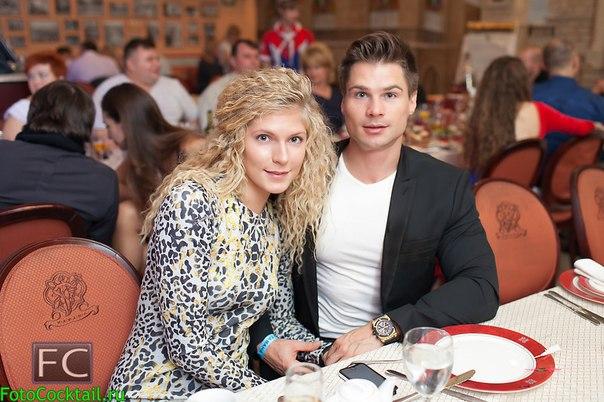 Денис Гусев с супругой