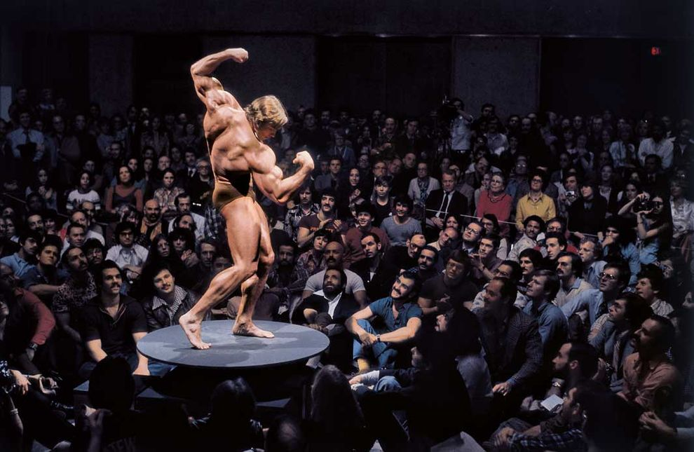 Нью-Йорк, 1976 год. Арнольд Шварценеггер. Выставка «Артикуляция мышц: искусство мужского тела» в Музее американского искусства Уитни.