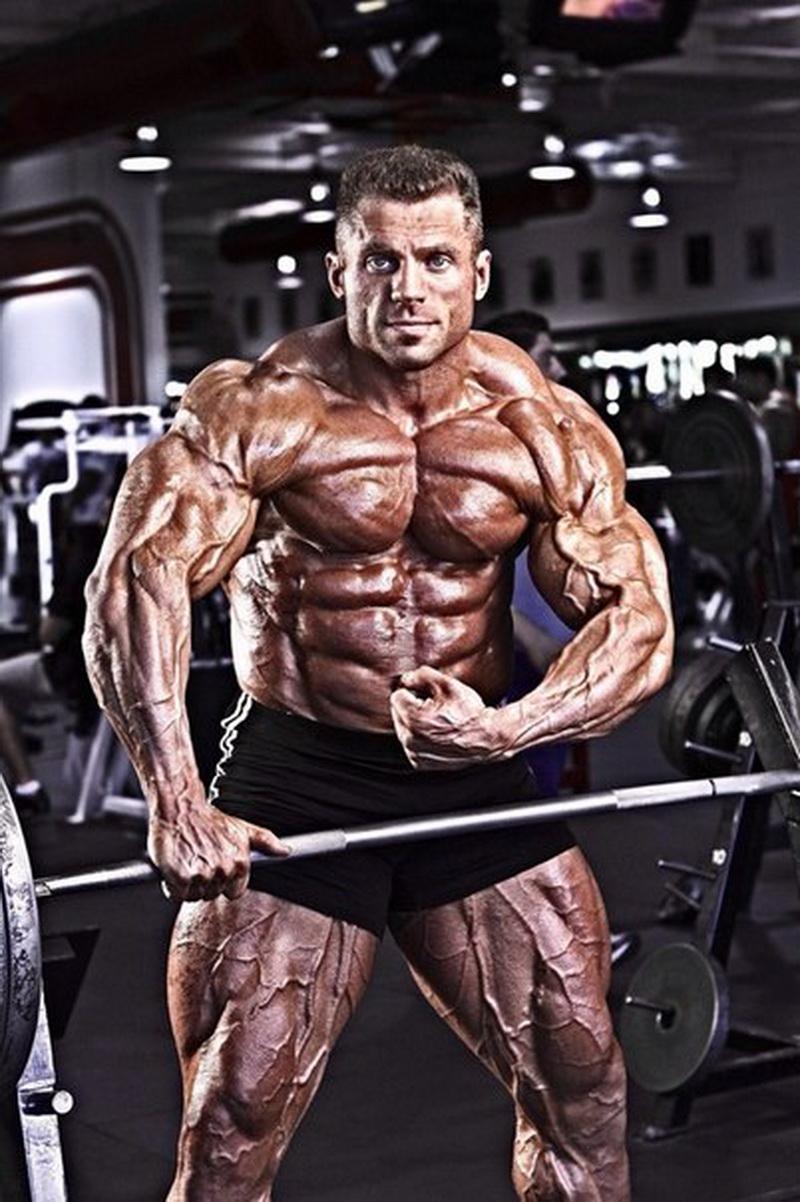 Евгений Мишин - профессионал IFBB, участник «Мистер Олимпия»-2010