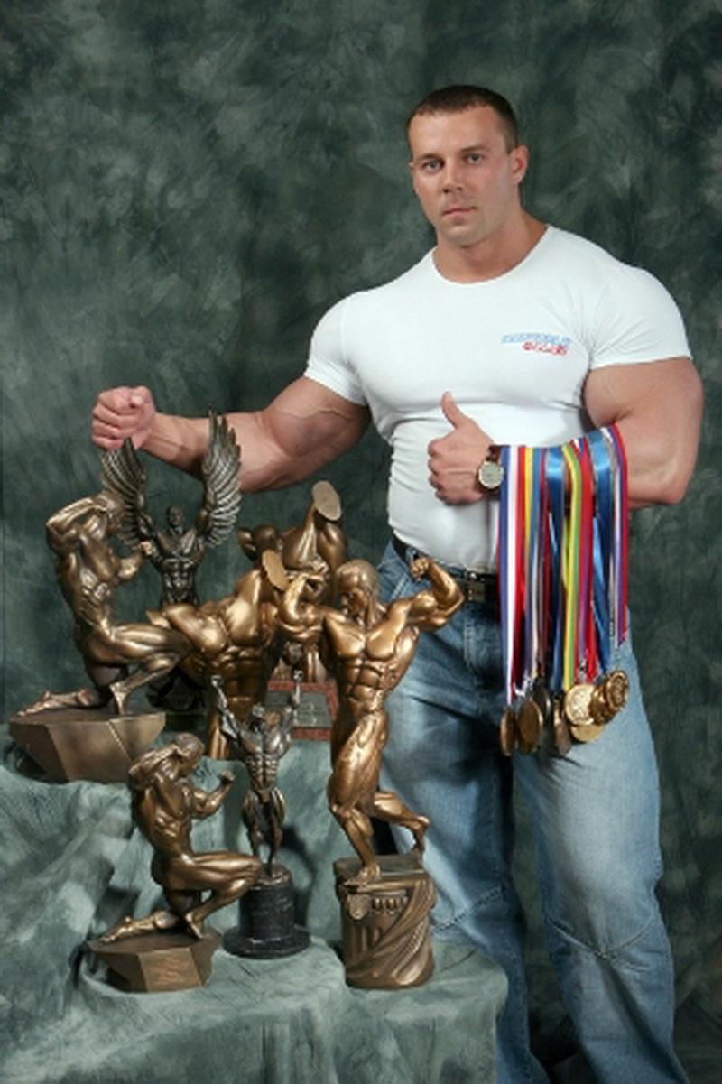 Алексей Шабуня - профессионал IFBB, бронзовый призер «Нордик Про»-2013, победитель многих любительских турниров