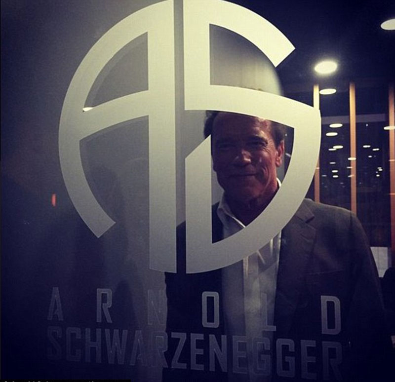 Часовой бренд Arnold Schwarzenegger