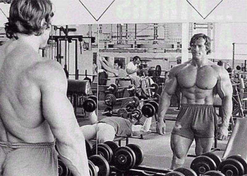 Тренировка мышц груди от Арнольда Шварценеггера