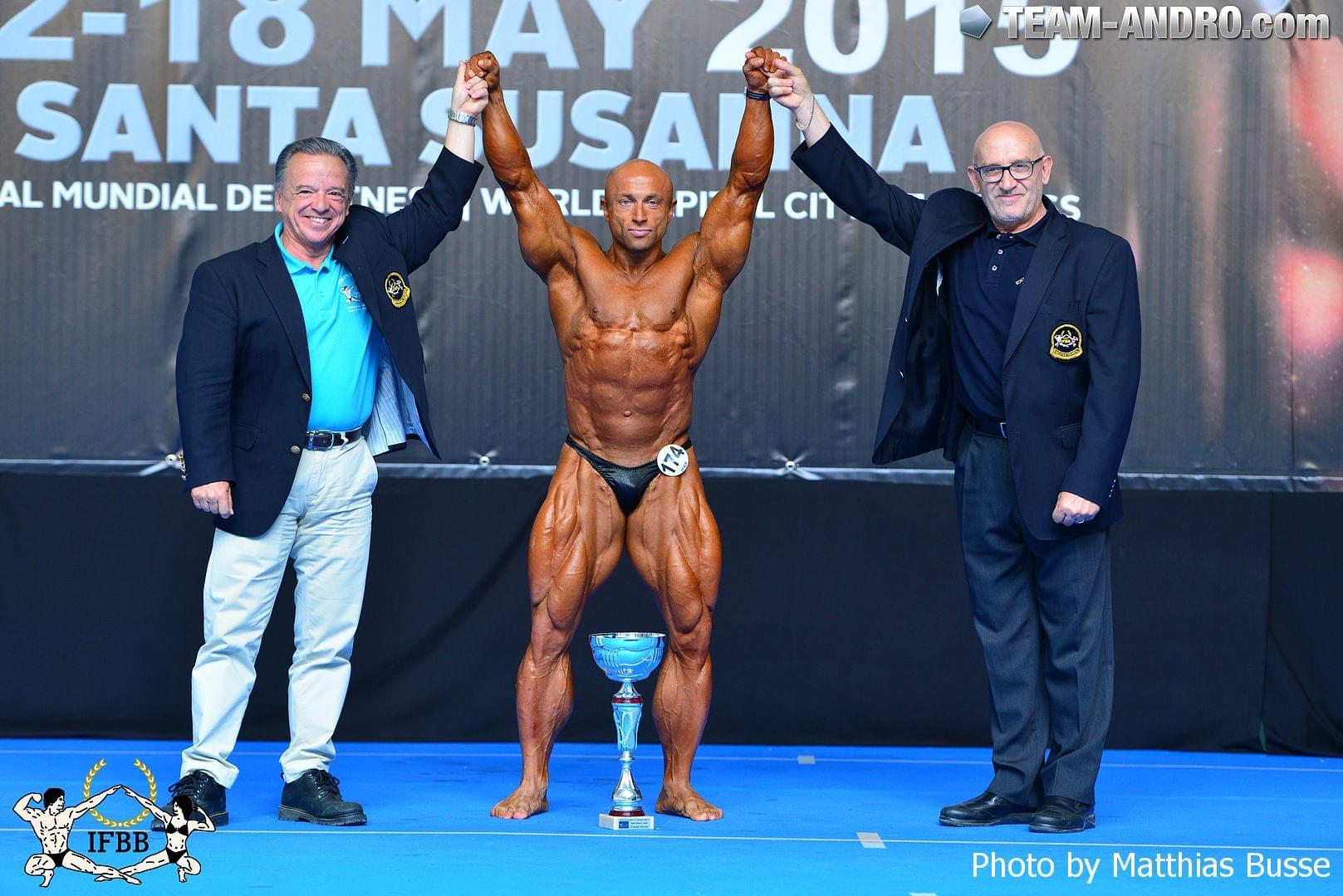 Абсолютный чемпион Европы по бодибилдингу среду мастеров - 2015 Сергей Поврезнюк