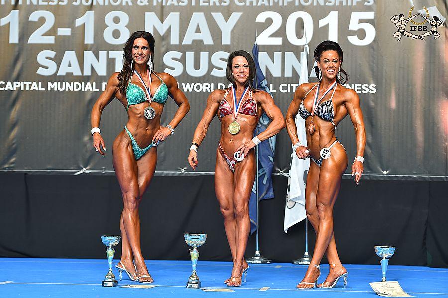 Marina CHAMOUN (2nd place); Roberta ARECCO (1st place); Maria HASSELMARK (3rd place)