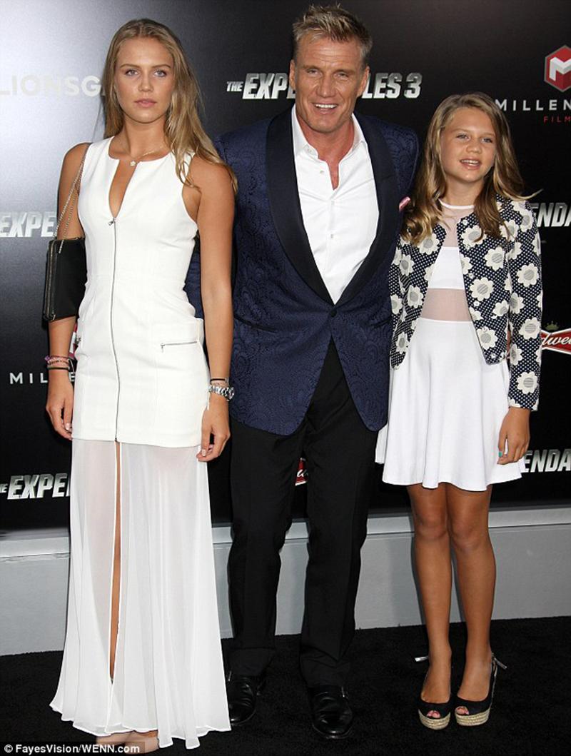 Дольф Лундгрен с дочерьми
