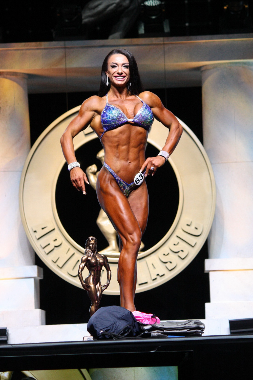 Master Bodyfitness Figure Overall Winner - Oksana Balanyuk of USA
