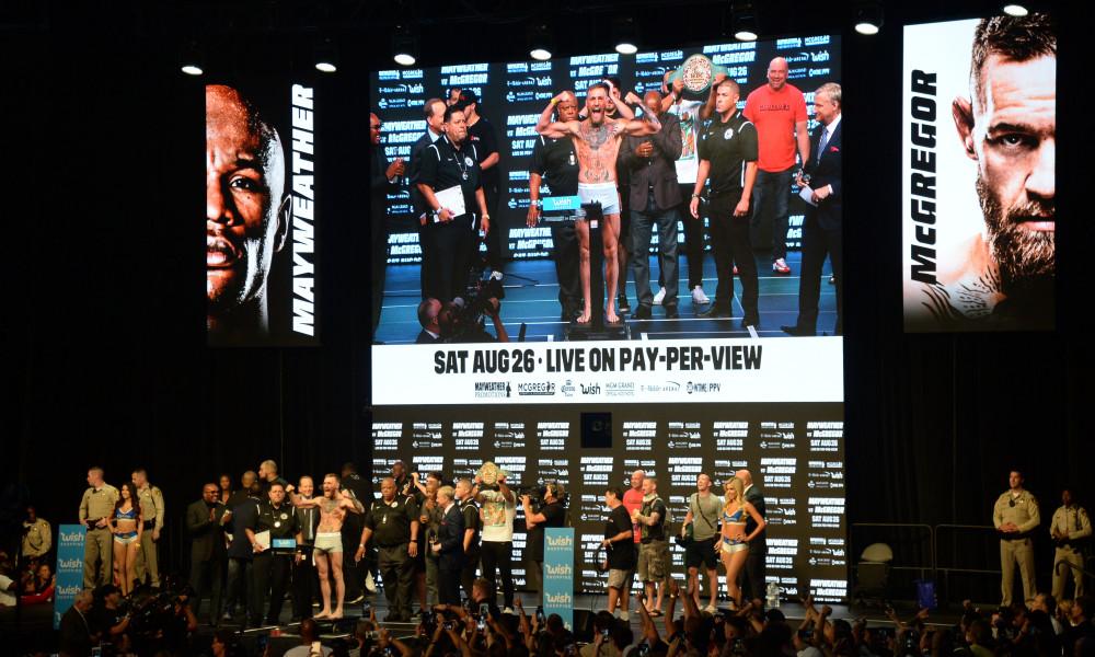 Подписчики канала UFC.TV отдали по 100$ и смотрели на «черный экран»
