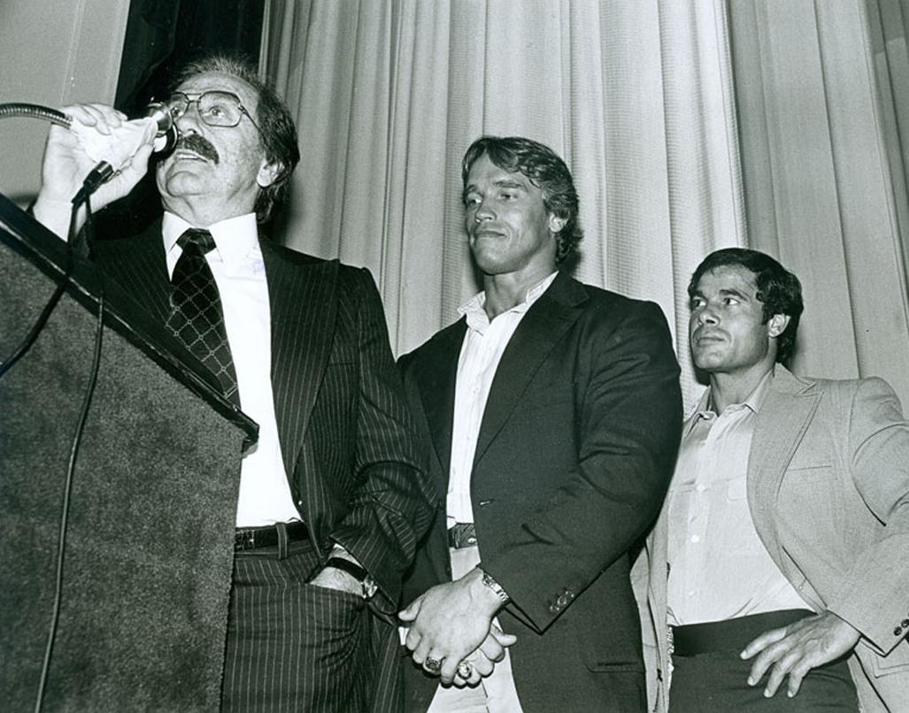 IFBB не была первой федерацией культуристов, но она стала самой большой и успешной