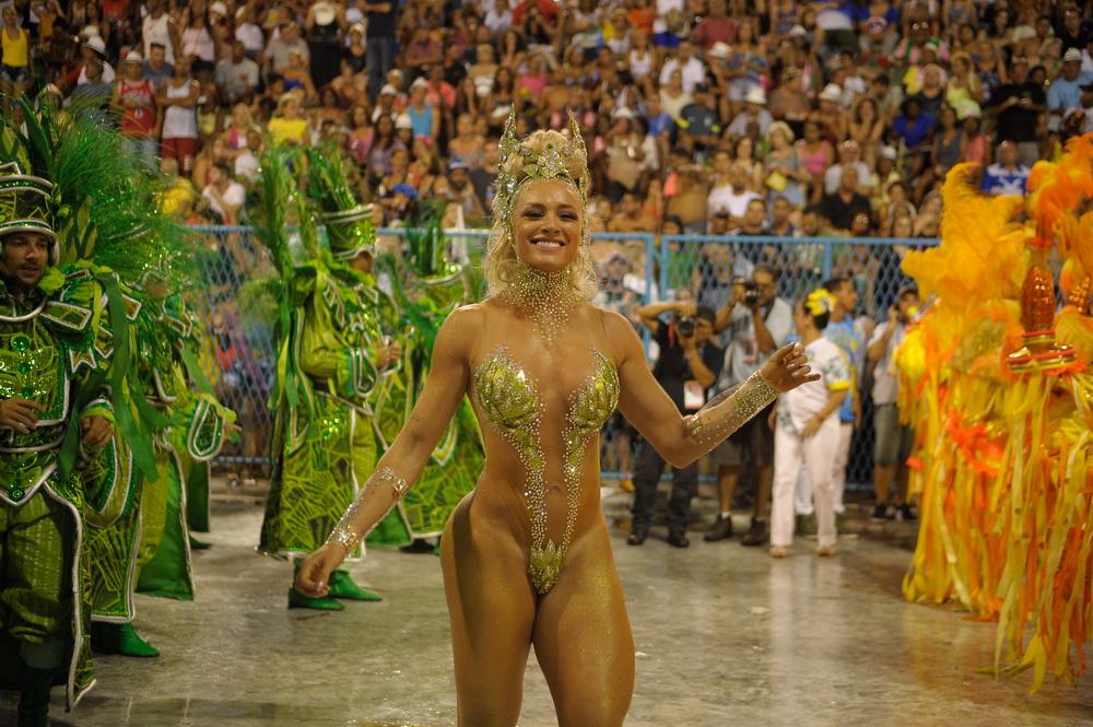 Карнавал в Бразилии - праздник для мужчин