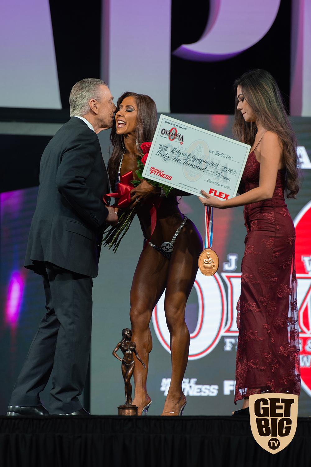 Angelica Teixeira / USA - 1 место «Bikini Olympia»-2018