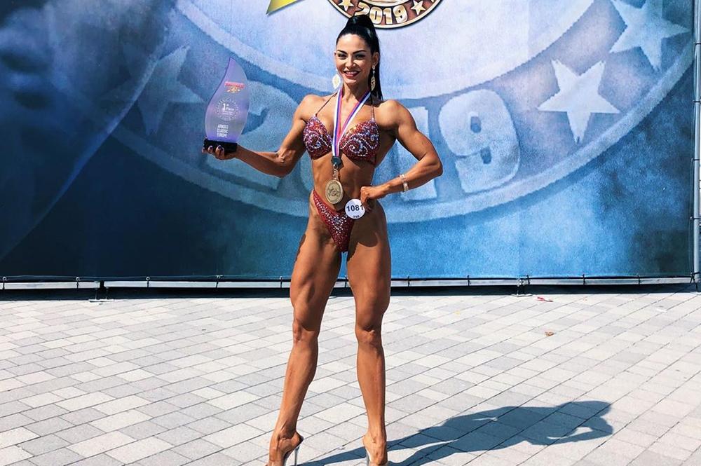 Юлия Казаковцева - 1 место, бодифитнес до 168 см