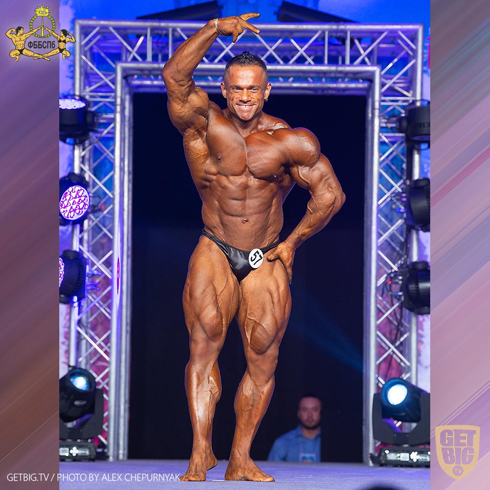 Александр Мартынкин - 1-е место (100 кг) на Чемпионате Санкт-Петербурга по бодибилдингу - 2020
