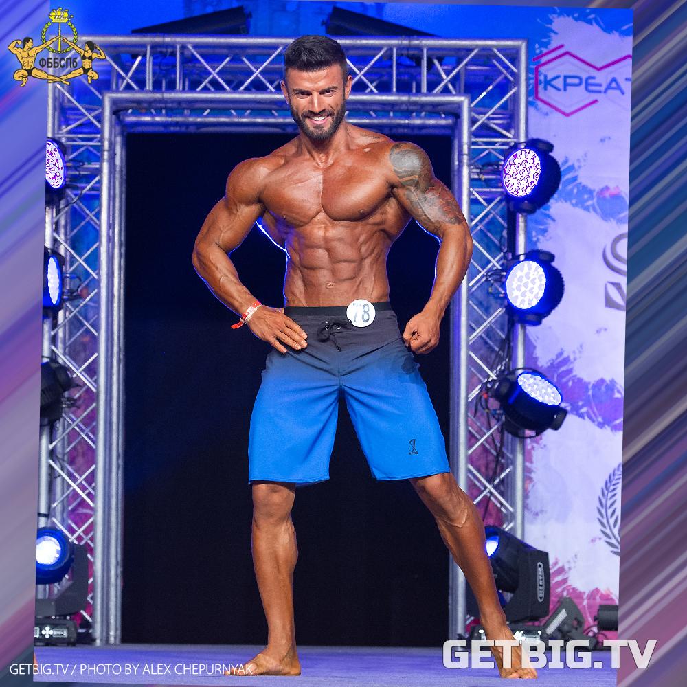 Эмир Сафаров - абсолютный чемпион Санкт-Петербурга по пляжному бодибилдингу - 2020