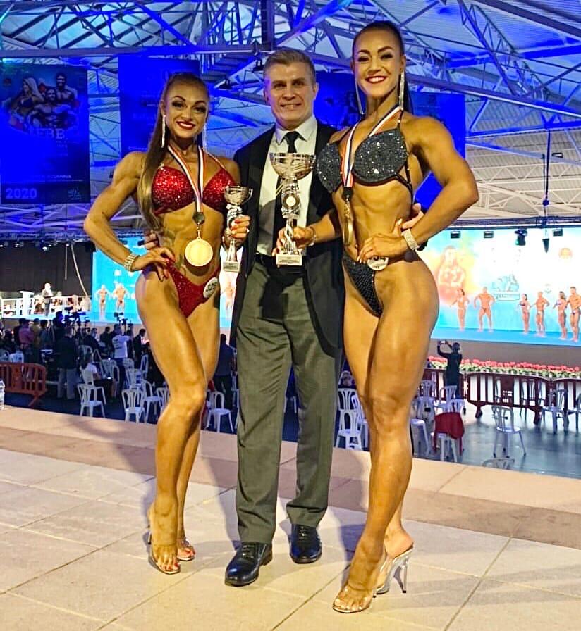 Татьяна Мандолина (золото) и Карина Щербак (бронза) чемпионата мира - 2020 (бодифитнес)