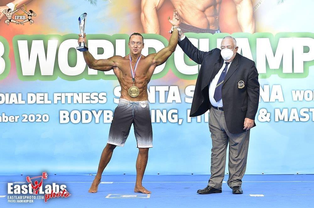 Владимир Ланевич - абсолютный чемпион мира по мастерам (пляжный бодибилдинг)