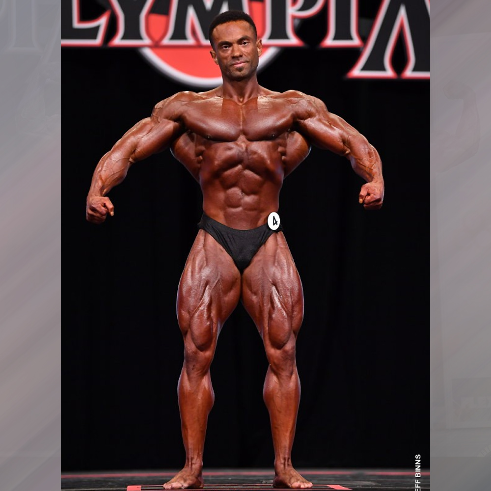 Алекс Камбронеро - 4 место на Классик Физик Олимпия - 2020